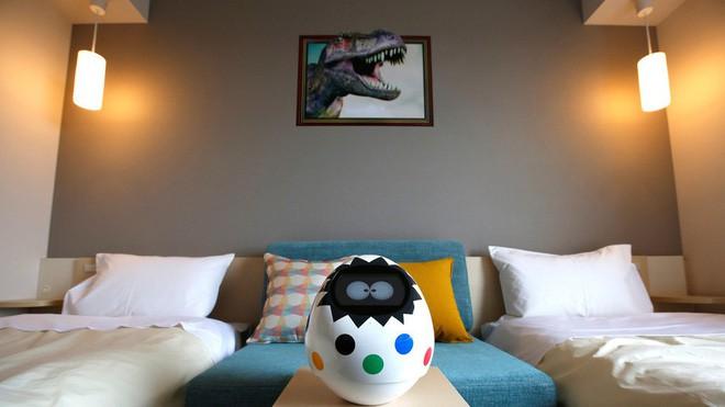 Chuỗi khách sạn nổi tiếng ở Nhật phải xin lỗi vì bị hacker chiếm quyền điều khiển robot, quay lén khách hàng - Ảnh 3.