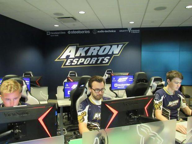 Thể thao điện tử lên ngôi, game thủ trở thành nghề hot: Có bằng cấp và thu nhập lên đến hàng nghìn USD - Ảnh 2.