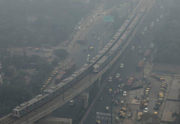Không khí quá ô nhiễm: Một quán bar ở Ấn Độ bán 15 phút thở oxy với giá 140.000 Đồng - Ảnh 2.