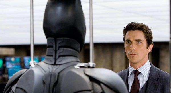 The Dark Knight Rises kiếm được hơn 1 tỉ USD, nhưng tại sao Batman Christian Bale lại không muốn vào vai Người dơi nữa? - Ảnh 1.
