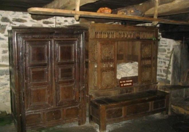 Tại sao nhiều người Châu Âu thời Trung cổ lại ngủ trong những chiếc giường hộp? - Ảnh 6.
