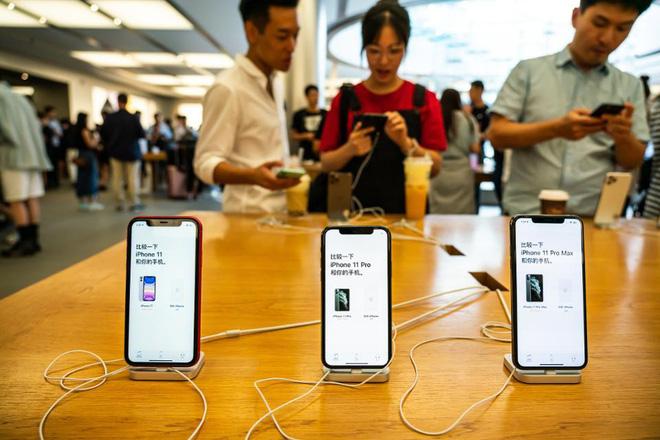 Chủ tịch hãng xe sang Porsche tiết lộ sốc về giới nhà giàu Trung Quốc: 80% dùng iPhone, nhưng gần một nửa muốn chuyển sang Android - Ảnh 4.