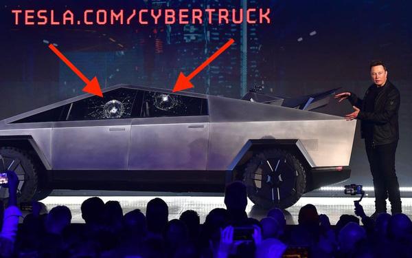 Không phải vô tình kính Cybertruck 'toang', Tesla bắt đặt cọc 100 USD và không chi tiền quảng cáo: Tất cả đều thuộc tính toán của Elon Musk, giúp thu về 250.000 đơn đặt hàng dễ như ăn kẹo! - Ảnh 1.