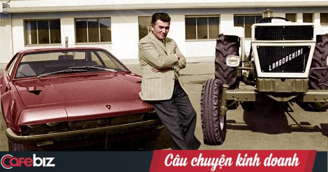 Bị nhà sáng lập Ferrari 'cà khịa' rằng cả đời chỉ lái được máy kéo, người đàn ông tạo ra siêu xe đầu tiên trên thế giới, mở công ty là đối thủ khiến Ferrari phải dè chừng - Ảnh 1.