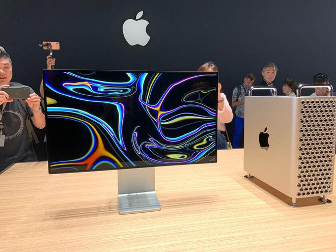 Đẳng cấp của Apple: Bánh xe đẩy Mac Pro giá hơn 9 triệu, khăn lau màn hình cũng phải qua 7749 bước để vệ sinh cho sạch - Ảnh 1.