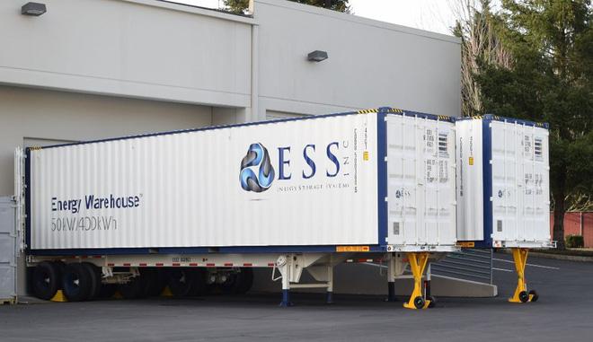 Thiết kế nên những khối pin hoạt động trong hơn 20 năm, startup này được Bill Gates, Jeff Bezos đầu tư hơn 30 triệu USD - Ảnh 3.