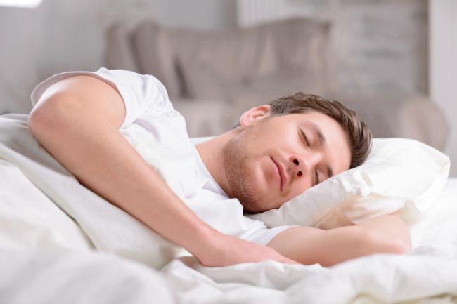Công việc trong mơ đúng nghĩa: Công ty Ấn Độ sẵn sàng trả hơn 30 triệu đồng cho ai ngủ đủ 9 tiếng/ngày trong vòng 100 ngày - Ảnh 1.