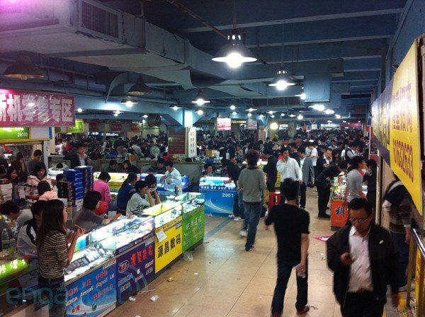 Hoa Cường Bắc - Khu chợ điện tử nổi tiếng nhất Trung Quốc nay bị nhuộm hồng bởi đồ mỹ phẩm - Ảnh 7.
