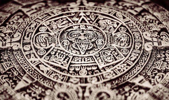 Giải được đoạn mật mã 800 năm tuổi để rồi dịch được sách cổ, nhóm nghiên cứu vén màn bí ẩn về nền văn minh Maya - Ảnh 4.
