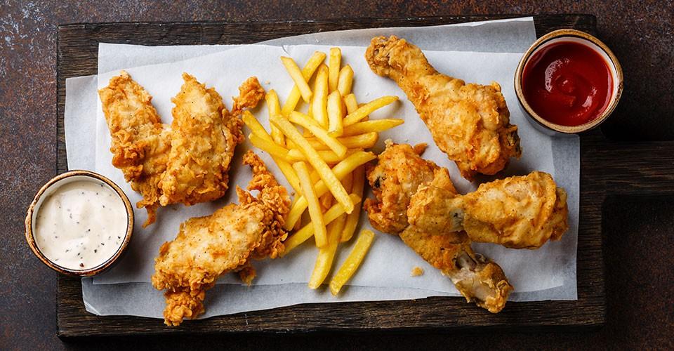 Ăn nhiều gà rán và cá rán làm tăng nguy cơ tử vong sớm tới 13%