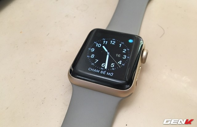 Bốn bước đơn giản để Apple Watch của bạn luôn được sạch sẽ - Ảnh 1.