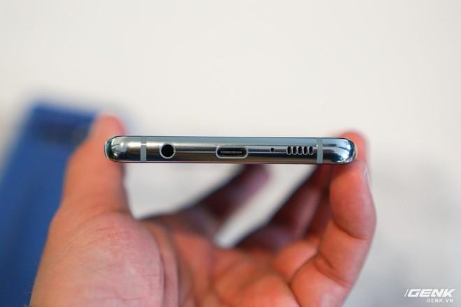 Với Galaxy S10, jack 3.5mm lại tiếp tục vui sống cùng chúng ta - Ảnh 2.