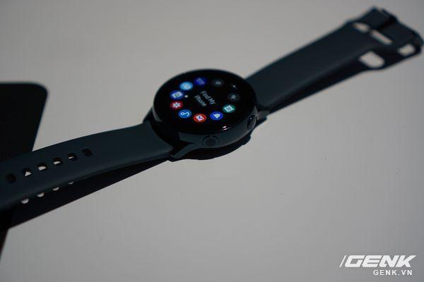 Cận cảnh Galaxy Watch Active: Chiếc smartwatch có thiết kế tinh tế nhất của Samsung - Ảnh 3.