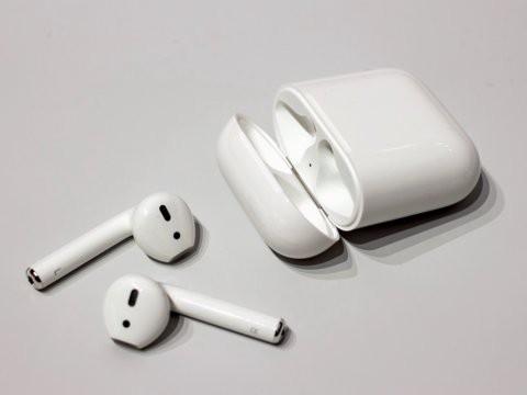 Tai nghe không dây giá chỉ 130 USD Samsung Galaxy Buds so đọ ra sao với Apple AirPods - Ảnh 3.