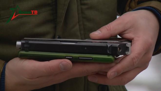 [Vietsub] Đôi nét về súng ngắn mỏng nhất thế giới của đặc nhiệm Belarus - Ảnh 7.