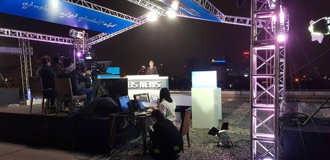Không chỉ có MBC News, nhiều hãng thông tấn quốc tế cũng chọn được những địa điểm chất không kém ở Hà Nội để dẫn bản tin thời sự - Ảnh 6.