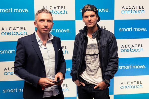 Phó giám đốc Motorola xác nhận hãng này đang phát triển một chiếc smartphone màn hình gập - Ảnh 1.