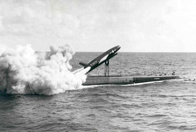 Bi hài chuyện bưu chính Mỹ cố gắng gửi thư bằng tên lửa - Ảnh 2.