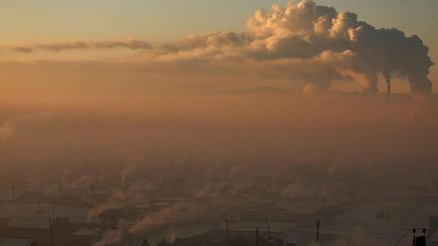 Cuộc sống kinh hoàng tại thành phố ô nhiễm nhất thế giới: Bụi độc đến mức trẻ em phải ở yên trong nhà - Ảnh 4.