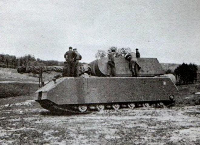 Tìm hiểu về xe tăng Maus - phát minh điên rồ từng được kỳ vọng sẽ thay đổi cục diện Thế chiến thứ hai - Ảnh 1.
