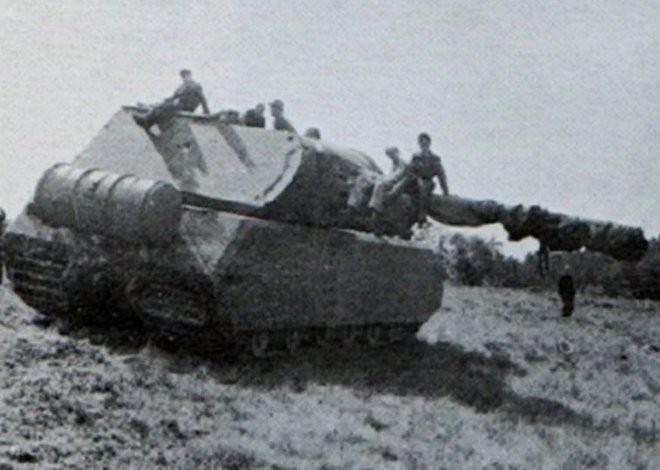 Tìm hiểu về xe tăng Maus - phát minh điên rồ từng được kỳ vọng sẽ thay đổi cục diện Thế chiến thứ hai - Ảnh 2.