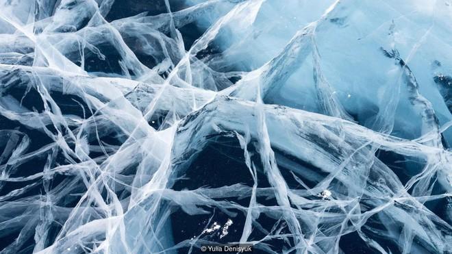 Lễ hội trên hồ đóng băng kỳ lạ của người Mông Cổ: Lạnh kinh hoàng nhưng đẹp đến mê mẩn - Ảnh 9.