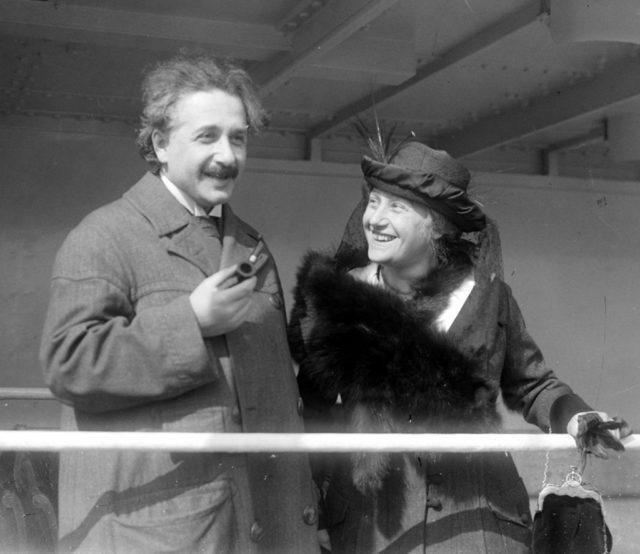 Albert Einstein đã từng được chính phủ Israel mời về làm Tổng thống, thế nhưng ông một mực khước từ - Ảnh 4.