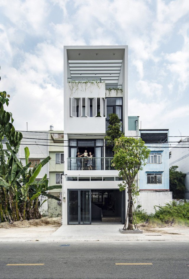 Ngôi nhà độc đáo bậc nhất Việt Nam vừa được báo Tây ngợi ca - Ảnh 1.