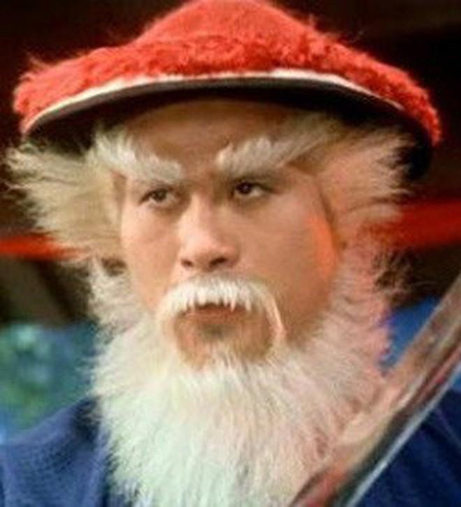 Sự thật bội phục đằng sau màn trợn mắt trắng dã kinh điển của Kim Mao Sư vương ở Ỷ Thiên Đồ Long Ký 2003 - Ảnh 11.