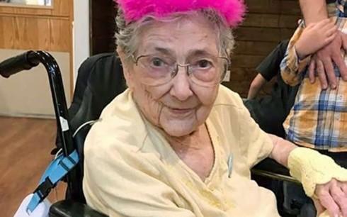 Cụ bà có nội tạng đặt lộn chỗ ở nhiều vị trí vẫn sống đến 99 tuổi - Ảnh 1.