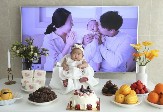 Cách tính tuổi kỳ lạ ở Hàn Quốc: Có những em bé mới sinh bỗng nhiên đã trở thành trẻ 2 tuổi - Ảnh 1.
