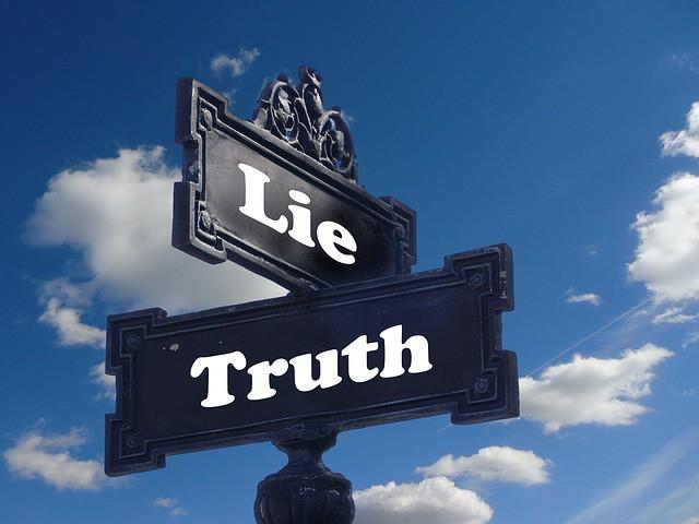 Tâm lý của sự lừa dối: Làm thế nào Elizabeth Holmes có thể dùng Theranos để hút vốn khủng và gây ra cú lừa ngoạn mục ở Silicon Valley? - Ảnh 1.