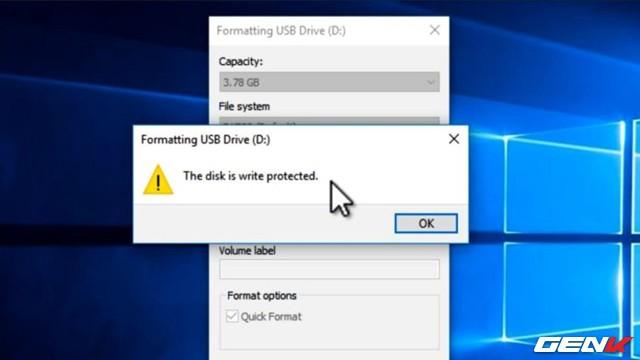 """Cách format lại USB bị lỗi """"write protected"""" để tiếp tục sử dụng - Ảnh 1."""