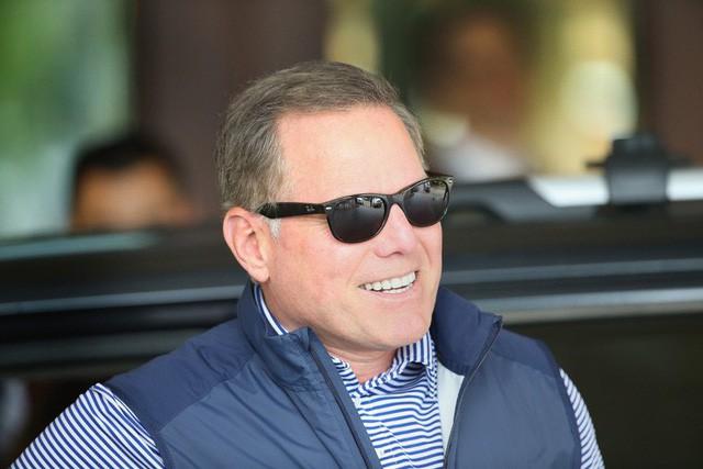 CEO nhận lương cao nhất tại Mỹ lên tới 129 triệu USD - Ảnh 5.