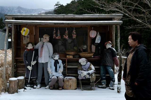 Thung lũng búp bê Nhật Bản: Ngôi làng có bù nhìn nhiều hơn người - Ảnh 1.