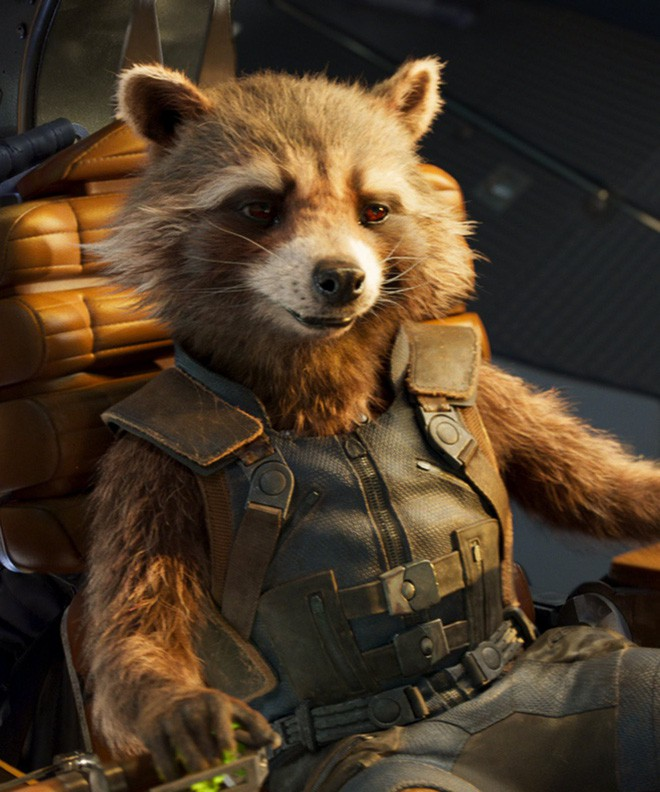Nhan sắc thật sau lớp hóa trang của dàn sao Avengers bị giấu mặt: Thanos không gây bất ngờ bằng số 4, 5 - Ảnh 8.