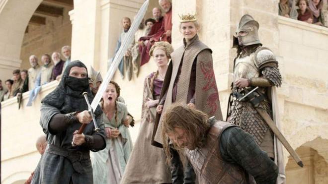 7 kiểu chết gây sốc trong Game of Thrones: Biết sống sao cho vừa lòng biên kịch? - Ảnh 1.