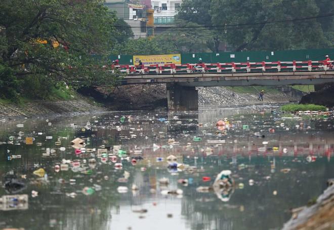 Chỉ 3 ngày làm bay mùi hôi sông Tô Lịch: Công nghệ Nhật sẽ đặt dưới đáy sông là gì? - Ảnh 2.