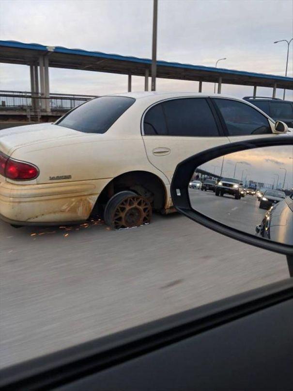 Cánh tài xế kể về những thứ quái dị trên đường, không chụp ảnh chắc chẳng mấy ai tin - Ảnh 18.