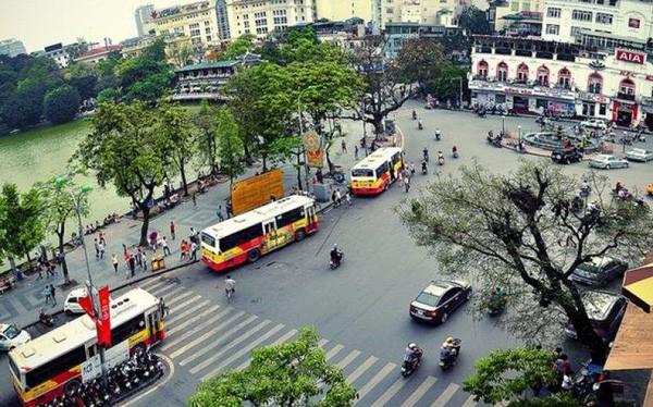Vingroup rót 1.000 tỷ đồng thành lập công ty VinBus vận tải hành khách bằng xe buýt điện - Ảnh 1.