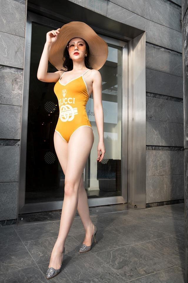 Bảo Thanh, Phương Oanh, Thanh Hương: 3 nữ hoàng bikini của màn ảnh Việt - Ảnh 3.