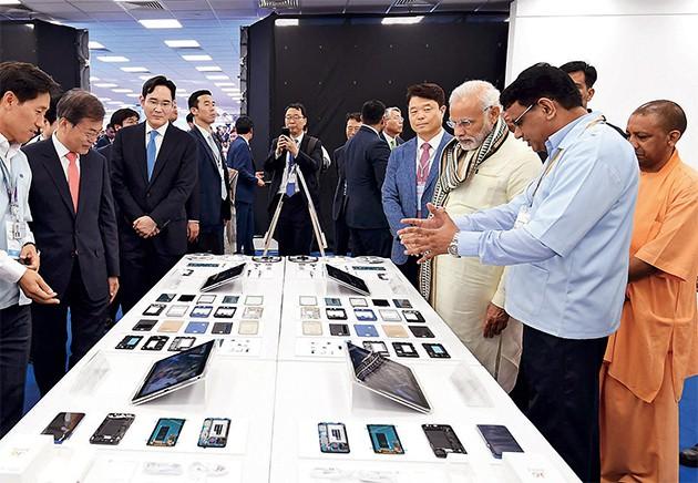 Bị đối thủ Trung Quốc đánh bại tại Ấn Độ, Samsung đang bừng tỉnh - Ảnh 7.
