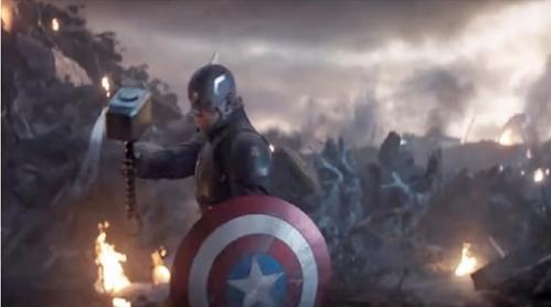 Sự thật gây sốc: Trong Age of Ultron thì Captain America đã có thể nhấc búa Mjolnir nhưng lại không làm vì sợ Thor buồn - Ảnh 3.