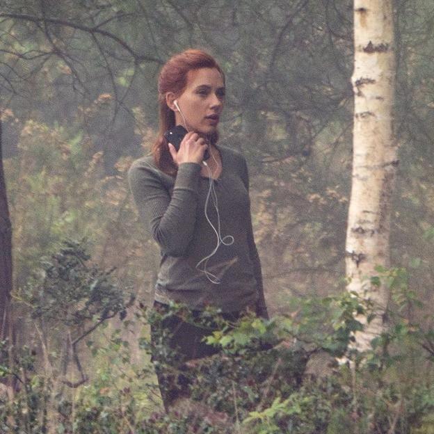 Những hình ảnh hậu trường đầu tiên của Black Widow cho thấy góa phụ đen có thể hồi sinh sau Endgame? - Ảnh 5.