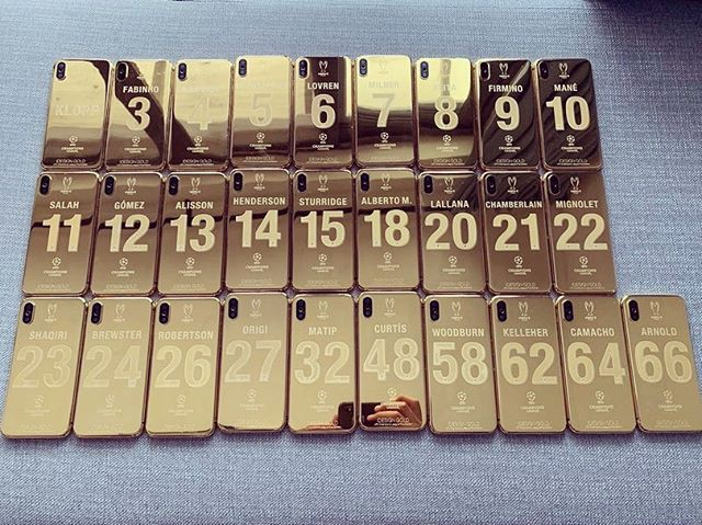 Vô địch C1, 27 cầu thủ Liverpool cùng HLV Jurgen Klopp được tặng mỗi người 1 chiếc iPhone X mạ vàng 24K - Ảnh 3.