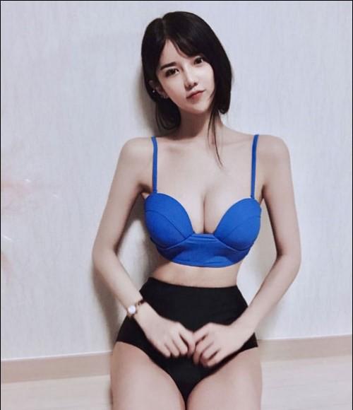 Chiêm ngưỡng đôi gò bồng đào hơn 1m của nữ MC, game thủ gợi cảm nhất Hàn Quốc - Ảnh 3.