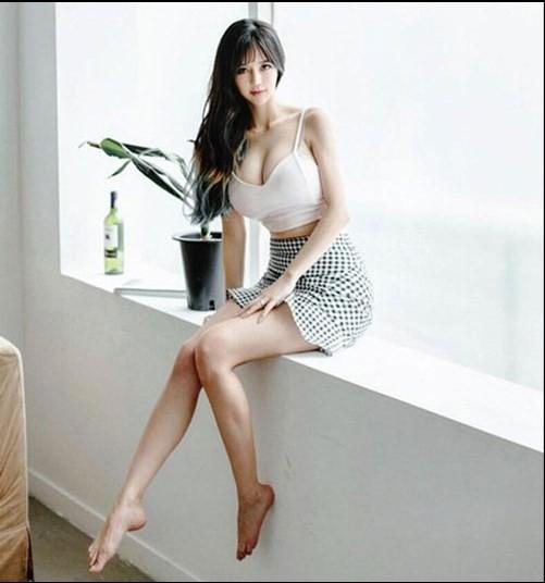 Chiêm ngưỡng đôi gò bồng đào hơn 1m của nữ MC, game thủ gợi cảm nhất Hàn Quốc - Ảnh 6.