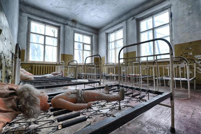 Từ vùng đất ma không ai dám bén mảng, nhà máy điện hạt nhân Chernobyl bỗng hóa xứ sở thần tiên đẹp lịm tim qua lăng kính của nhiếp ảnh gia - Ảnh 5.