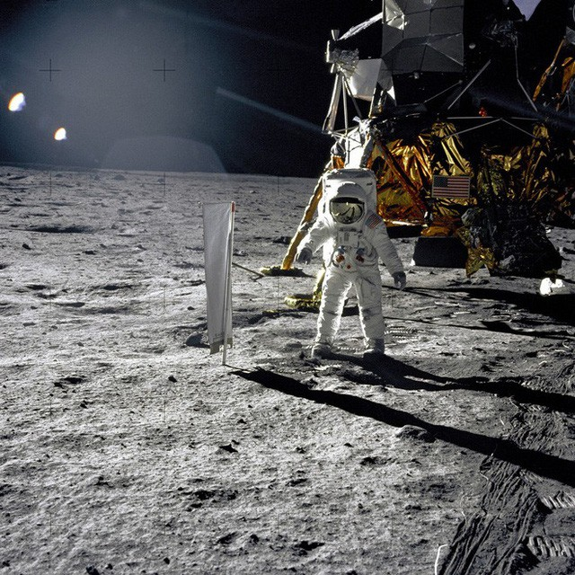 Đổ bộ Mặt Trăng là trò bịp vĩ đại của Mỹ? 5 thuyết âm mưu đã bị đập tan thế nào? - Ảnh 3.