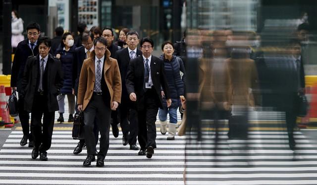 Một Nhật Bản rất khác: Tỷ lệ vợ đánh chồng ngày càng tăng, đàn ông Nhật càng ngày càng sợ vợ và bạn gái hơn? - Ảnh 3.
